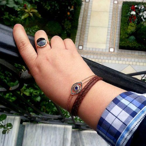 Loving my new evil eye bracelet :) Sapphire Blackdiamonds Rosegold @artisticjewellerypirro