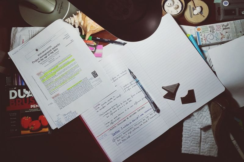 My Student Life School Research Research Paper Memoire Life Lifestyle Books Reading Writting Cosy Little Office Cosy Chocolate Fountain Pen Handwritting