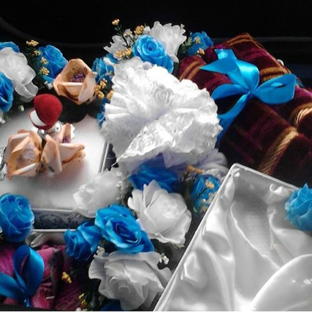garbage, crumpled, crumpled paper, studio shot, black background, no people, indoors, close-up, day
