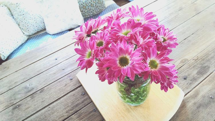 Flowers In Vases Relaxing Coffee Shop Vintage