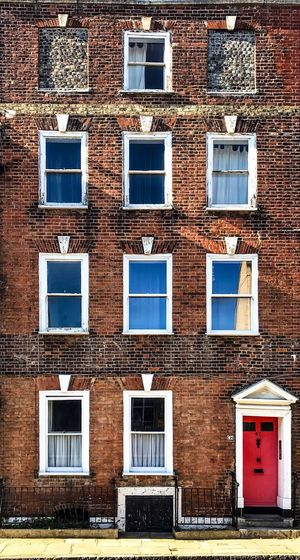 Window Building Exterior Built Structure Architecture Building Residential District Day No People Outdoors House Low Angle View Wall Old Backgrounds Brick City