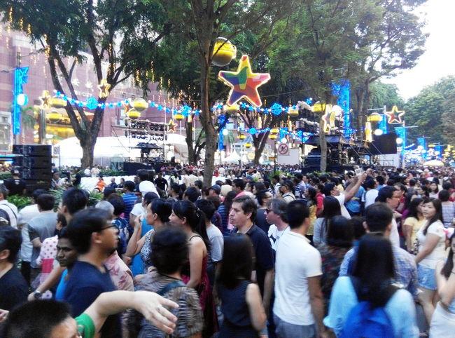 Festive Mood strolls City Life Cityscape Crowded Festive Crowds Festive Season People Together Enjoy The New Normal Always Be Cozy