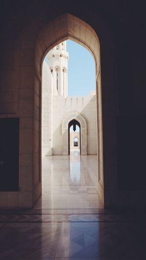 Sultan Qaboos Grand Mosque Arch Entrance Architecture Oman Mosque Sultan Arab Musulman Muscat Doorway