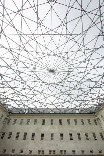 Amsterdam comes in all shapes and sizes but during my last visit to the city I especially encountered many circles. Amsterdam Architecture Roof Scheepvaartmuseum Shapes The Architect - 2018 EyeEm Awards Architectural Feature Architecture Architecture And Art Built Structure Ceiling Day Design Geometric Shape Glass - Material Indoors  Looking Up Low Angle View Modern No People Pattern Shape Skylight Sunlight Transparent