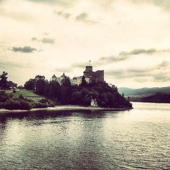 Castle Nidzica Pl Polen polskopolognepoloniaeuropeholidayholidaystravelphotoinstatraveltouristtourismarchtecturebuildbuildingbuildingspolandpolska traveltravellingtravelingjourneytravel