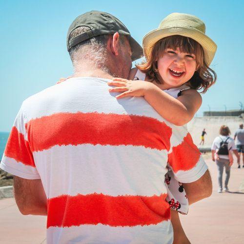 Having fun with my dad Fatherhood Moments Father Father And Daughter Fatherhood  Father's Day Fathersday Girl Portrait Girl With Hat Children's Portraits Men Smiling Togetherness Young Women Women Happiness Cheerful Portrait Clear Sky Fun Falling In Love