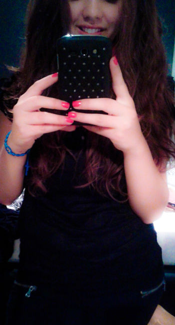 Red Nails Phone Cover  Smile ✌