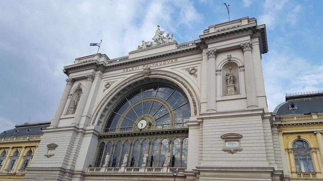 Budapest Keleti Railway Station Keleti Pályaudvar építészet Architecture