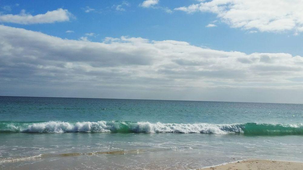 Beachphotography Waves Crashing Waves Waves Rolling In Waves Sand Waves Eyem Best Shots Enjoying Life Beach Walk Beautiful Nature Sea And Sky My Beach