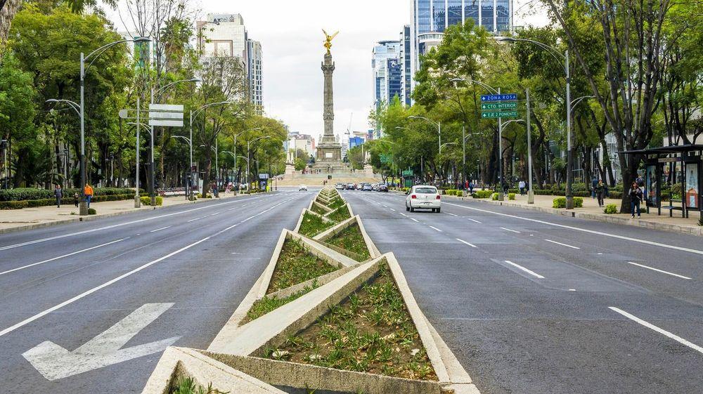 Taking Photos Mexico Streetphotography Esculturas Y Estatuas Reforma Mexico City