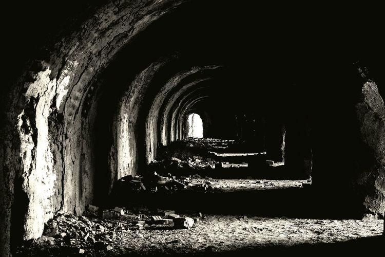 Darkness And Light Dark Photography Horror Sad Erfan Black And White Khaje Omid Esfahan Dark Tool