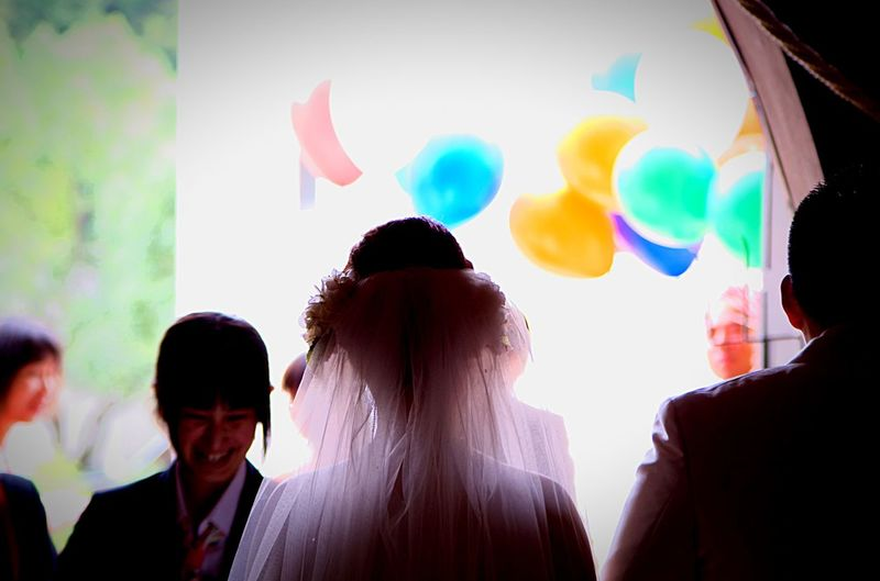 Intro Balloon Multi Colored Rear View Celebration Party - Social Event Togetherness Women People Adult Bonding Indoors  Adults Only Day Marriage  Wedding Photography Wedding Day Wedding Dress Wedding Wedding Party Weddingphotography Weddingstuff Film Photography Mv-1 Pentax Chapel