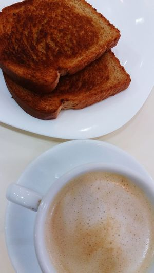 Breakfast Toastbread Toast🍞 Coffee Morning Coffee Eating Breakfast On The Table Coffee Time Cafe Café Da Manhã  Torradas