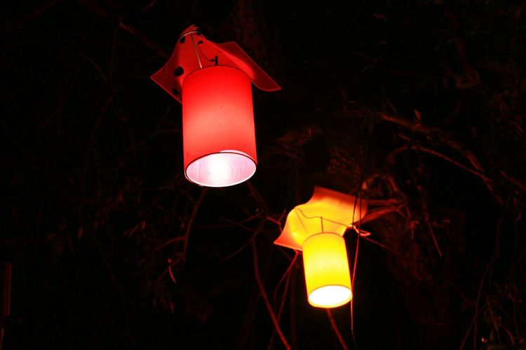 Sarikirmizi Sari Kirmizi Lamp Light Lights Yellow Yellowred Isik Lamba Night Night Lights Nightphotography