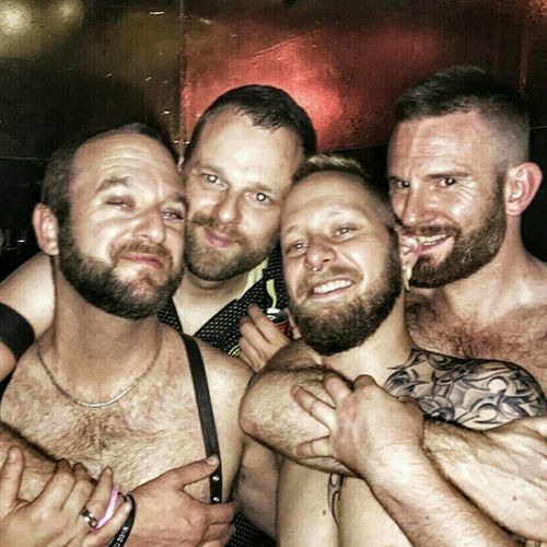 Gayleather Gaymen Sexymen Hotness Sex Sex Sex!!