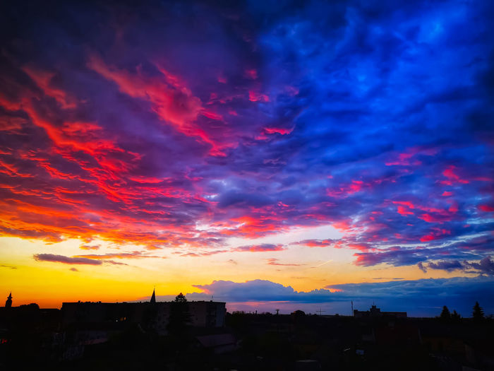 Astronomy City Cityscape Sunset Dramatic Sky Sky Landscape Cloud - Sky The Great Outdoors - 2019 EyeEm Awards The Mobile Photographer - 2019 EyeEm Awards My Best Photo