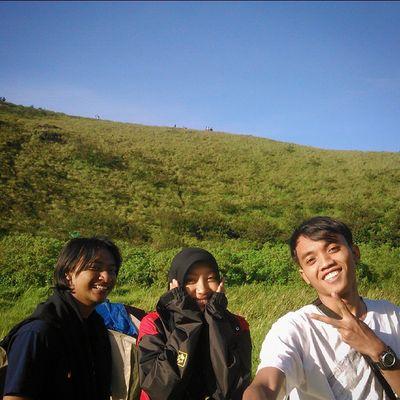 Alama ini indah dan dobel indah ketika bersama sahabat melihat bersama Mt. Penanggungan Goodhiking