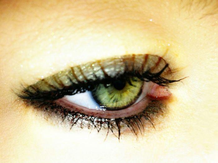Eye Me Human