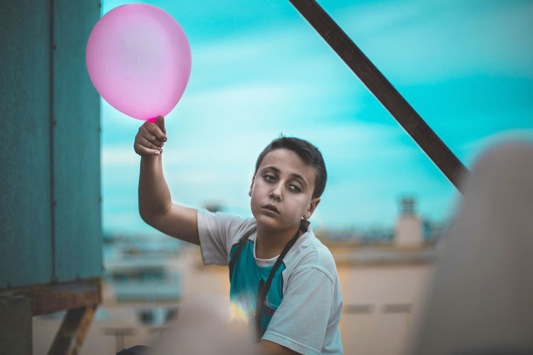 Colors Shooting Balloon Balloons🎈 Kid Sad Rooftop Desaturated Shoot Canon The Portraitist - 2017 EyeEm Awards