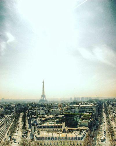 Travel Vista Point Vista Skyscraper Sky Day Cityscape Paris, France  Paris ❤ Paris Eiffel Tower France 🇫🇷 Adventure City euro Europe European  The Architect - 2017 EyeEm Awards