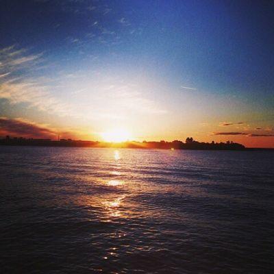 By photo : @lipiisousa ▪ Vscofocus ▪ Vscovibe ▪ Vscobrasil ▪ Vscofeatures ▪ sunlight ▪ sunset ▪ nature ▪ skyporn ▪ vscodaily ▪