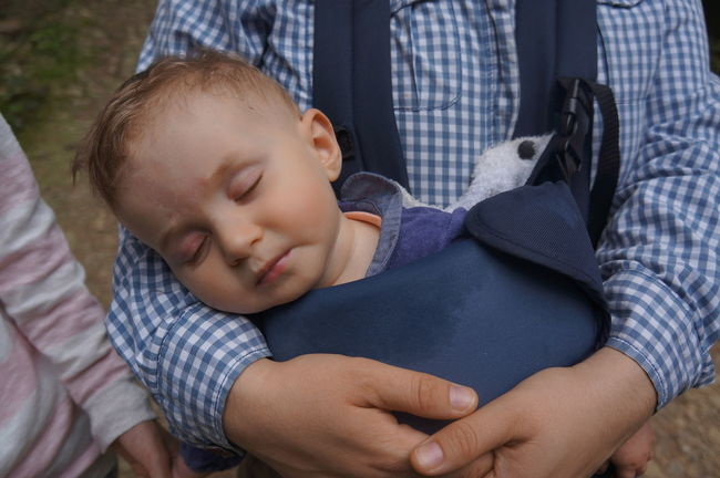 Asleep Asleepn Baby Baby Sitting Baby Sleeping Babygirl Babyhood Childhood Cute Elementary Age Family Holiday Innocence Leisure Activity Love Nature Outdoors Outdoors Photograpghy  Sleep Toddler  Togetherness
