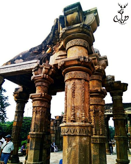 Architecture Travel Destinations Built Structure Sky Tourism History No People Sculpture Nature Photography MyStyle👌 Vijendrapaliwalphotography Myclick💚 Udaipur. India Day Outdoors Gold City Statue Instamoment Instacool Beauty In Nature Taking Photos Backgrounds Udaipurlove Historical Place