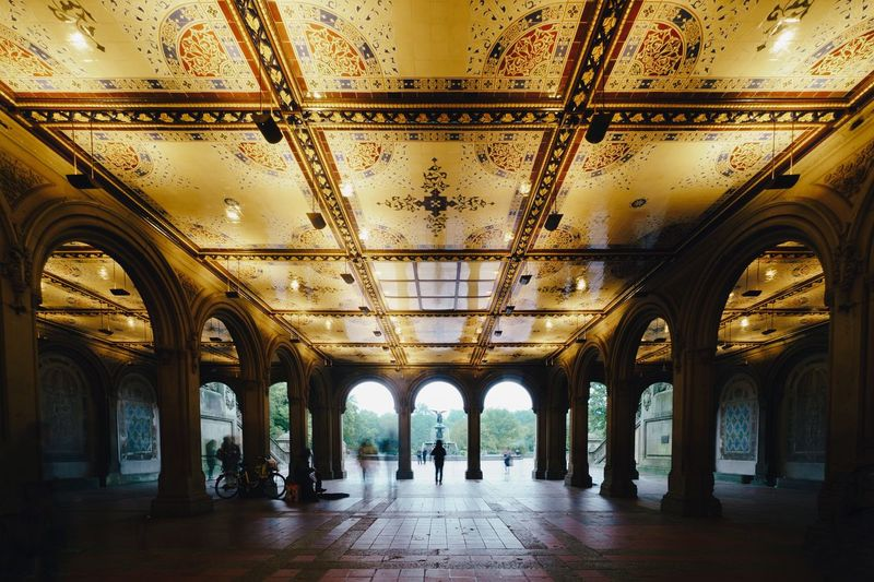 Architecture Indoors  Ceiling Arch Built Structure Building Day Lighting Equipment Real People Direction Pattern The Way Forward Arcade Travel Destinations Group Of People Architectural Column Men History Tourism Ornate