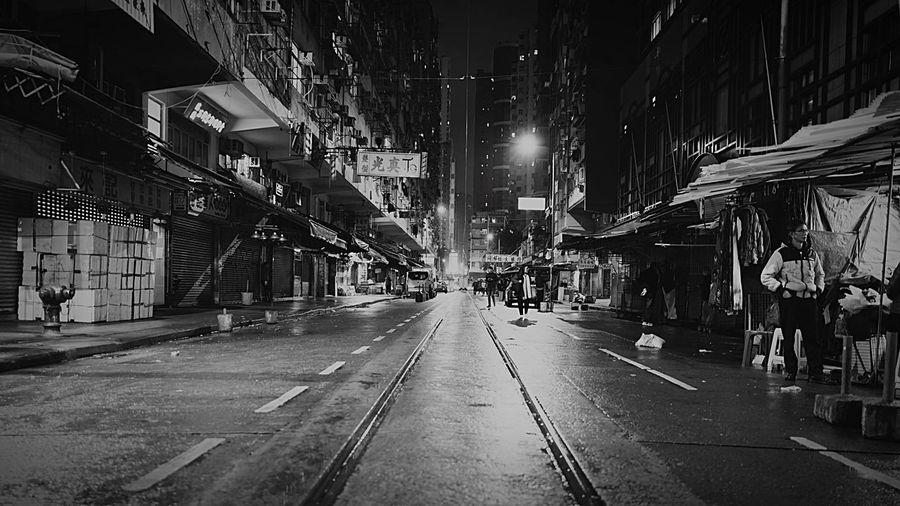 NP Someday Night HongKong Discoverhongkong New Years Resolutions 2016 Hello World Freelance Life Leica Leicaq Nightphotography Streetphotography Light And Shadow Streetphoto_bw 香港 夜景 白黒