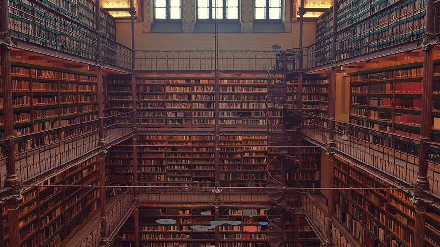 Library Education No People History Archival Architecture Indoors  Built Structure Full Frame Low Angle View Bookshelf Backgrounds Shelf Business Finance And Industry Day University
