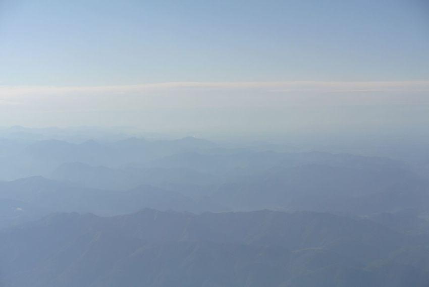 On my way to Milano 🛩 Nature EyeEmNewHere EyeEm EyeEm Best Shots Mountain Plane Cloud Top View EyeEmBestPics Eyeemphotography Eyeemphoto Aviation Nikon Photo Photography Fog Landscape No People Sky Beauty In Nature Inflight EyeEmNewHere