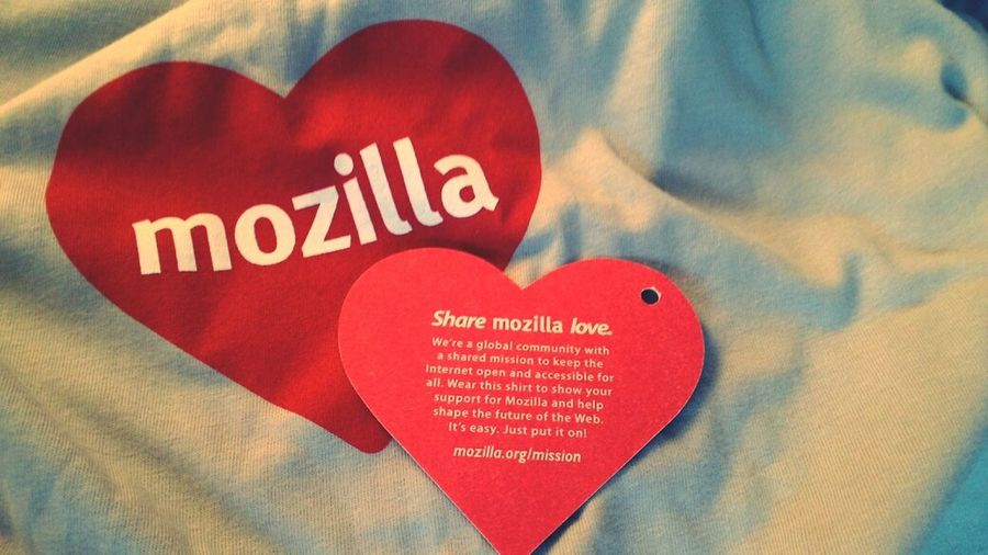 My Mozlove t-shirt just arrived :) Mozilla
