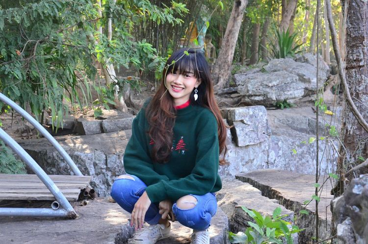 Smiling People Outdoors Nature Day Tree Happiness Women Photography Cool Thailand EyeEm Travel Close-up EyeEm Selects Enjoy Beauty Love Beautiful Woman Seasons Change Cool Day Happy Time Naturelover Lifestyles Relaxation Perspectives On Nature