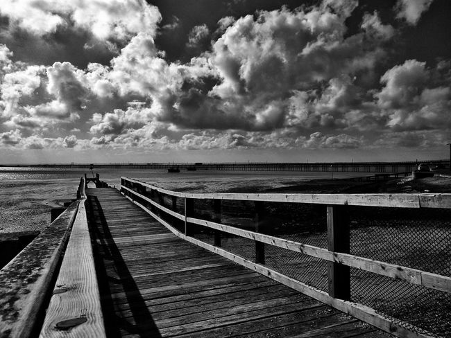 Jetty looking towards Southend pier. The Way Forward Sky Pier Seaside Seafront Views British Seaside Southend Seafront Seafront Southend-on-sea Southendonsea Southend On Sea Southend Pier Outdoors Jetty Cloud - Sky Sea Pier Water Atmospheric Mood Sky And Clouds Dramatic Sky