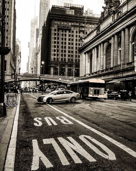 42ndStreet Grandcentral Nycdotgram Nycprimeshot Huffpostgram Exclusive Shot ExploreEverything Instagramers Icapturemobile Instagramhub Hypebeast  The_commission Thismaximlife Igworldclub_creative Blackandwhite Nbc4ny Srs_buildings Drugougleb Newyorkinstituteofphotography Newyork_instagram