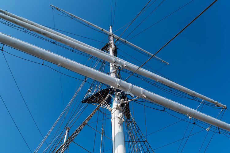 Clear Sky Day Mast Nautical Equipment Nautical Vessel No People Outdoors Passenger Craft Rigging Rope Sailboat Sailing Sailing Ship Sailor Sky Tall Ship Yacht Yachting
