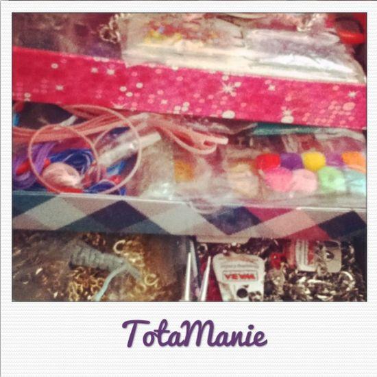 En el taller con nuevas pulseras ya listas Totamanie Accesorios Pulseras Manillas style igersperu instagramperu