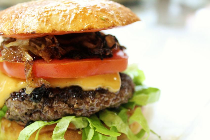 Bun Burger CheeseBurger Close-up Day Fast Food Food Food And Drink Freshness Hamburger Indoors  Lettuce No People Ready-to-eat Sesame Seed Unhealthy Eating