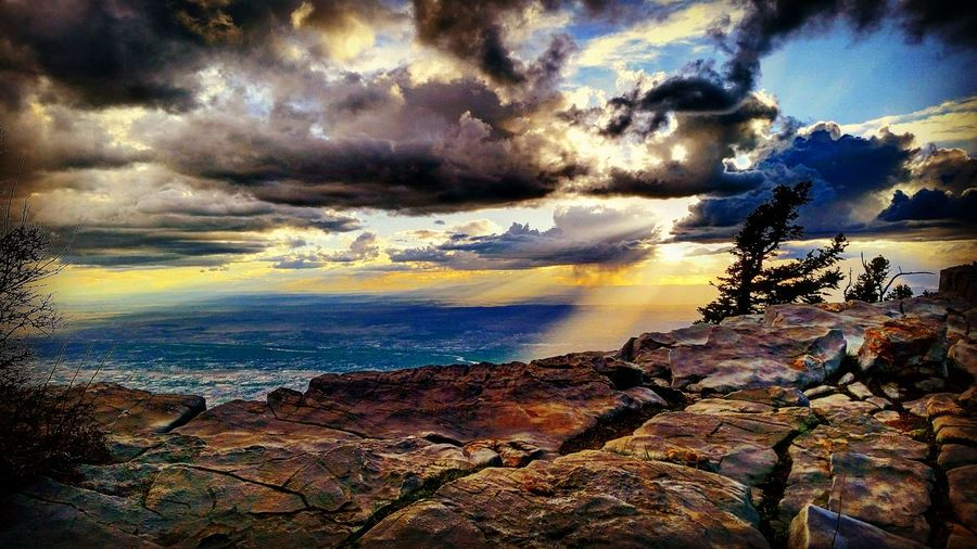Hanging Out Taking Photos On Top Of The World On Top Of A Mountain Check This Out Storm Cloud Rainy Days Sunset_collection Relaxing Taking Photos Enjoying Life Beautiful Landscape