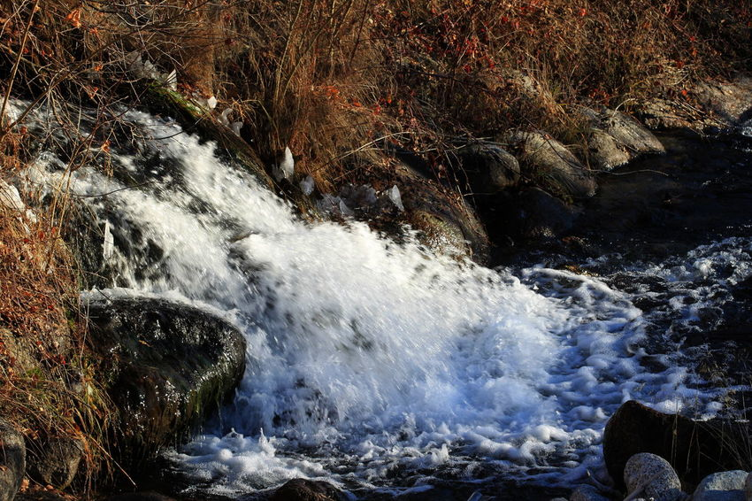 100mm Cold Temperature December 2015 Nature Outdoors Power In Nature Rabland,sudtirol Rocks Speed Splashing Stream Water