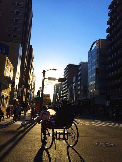 Tokyo,Japan 東京 City Sky Tokyo Nice Like Beautiful Blue Sky AiruHino 日本 Japan Photo Photography Asakusa Asakusa,tokyo,japan Japan Photography 浅草 人力車 Building Clear Sky Sunny Good