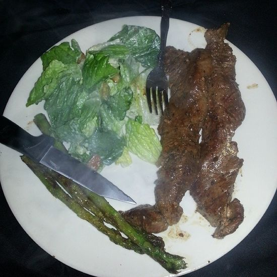 Late dinner.. Steak Caesarsalad Asparagus Instagood yum