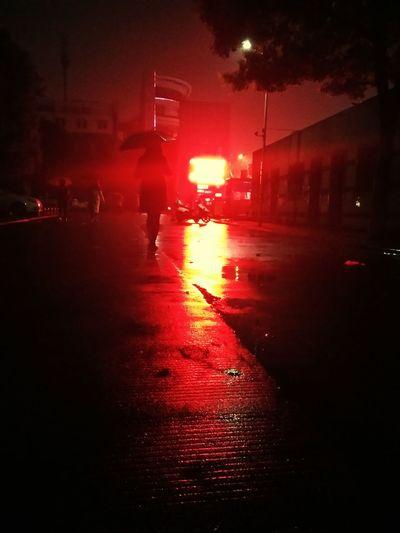 Rain Red Light City Millennial Pink EyeEmNewHere Long Goodbye