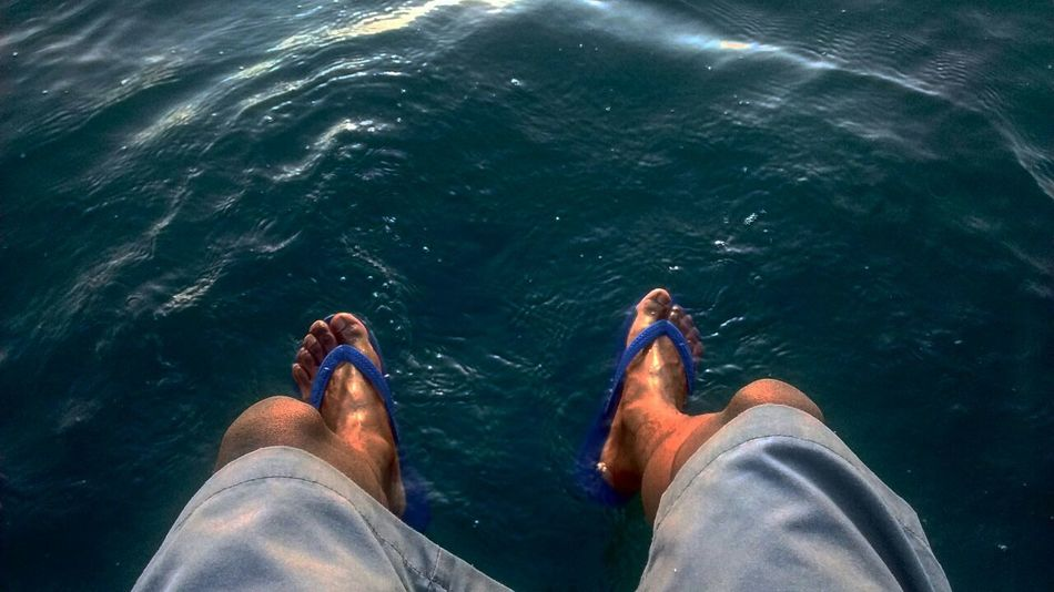Sea Mar Salvador Bahia Salvador Feet Selfie Photo Photography PhonePhotography Fotografia Foto Bahia/brazil MyPhotography Autoral Beauty In Nature Natureza Day Low Section Personal Perspective Water Human Body Part Human Leg Limb One Person Human Foot Barefoot