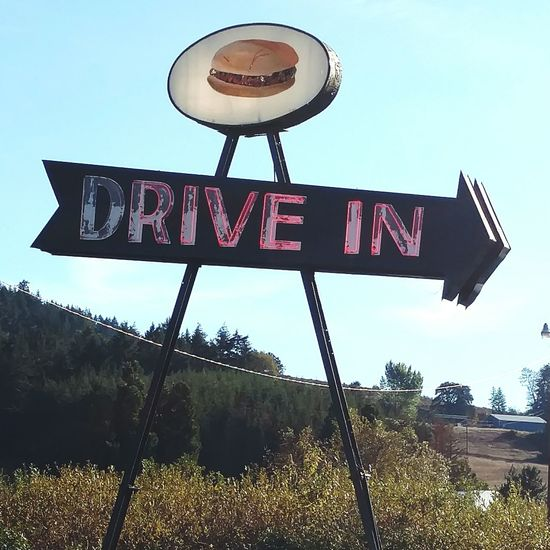 Vintage Diners Drive In Food Vintage Diner Sunny Family Time Enjoying Life Photography Burgers Fry's Shakes