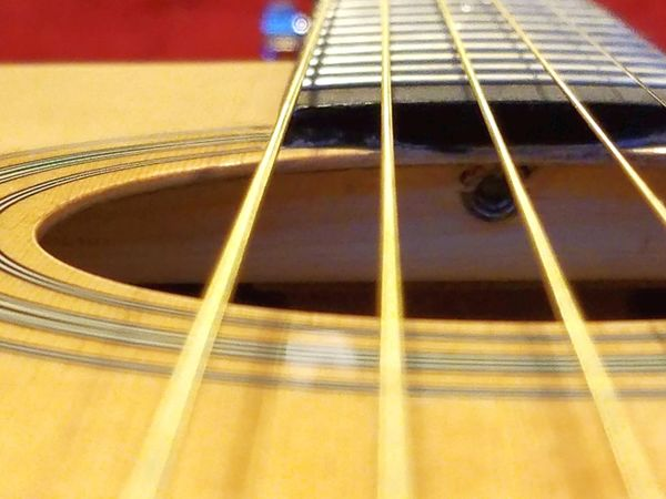 Guitar Music Musical Instrument Musical Instrument String Musical Equipment Fretboard Selective Focus Strings Accoustic Guitar Woodwind Instrument Acoustic Guitar Close-up Indoors  No People Plucking An Instrument Classical Guitar Day