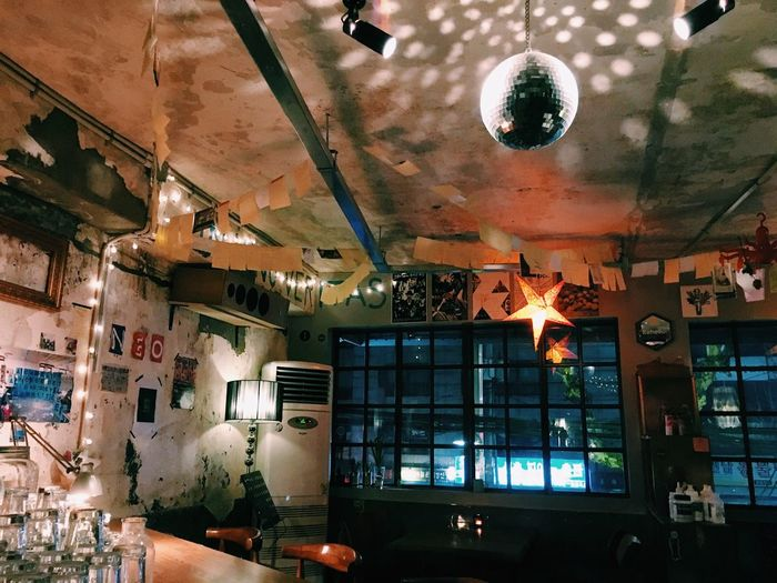 Drinks Pub Hongdae YeonNamDong Rehello 술 Relaxing Hanging Out Enjoying Life Seoul Seoul, Korea