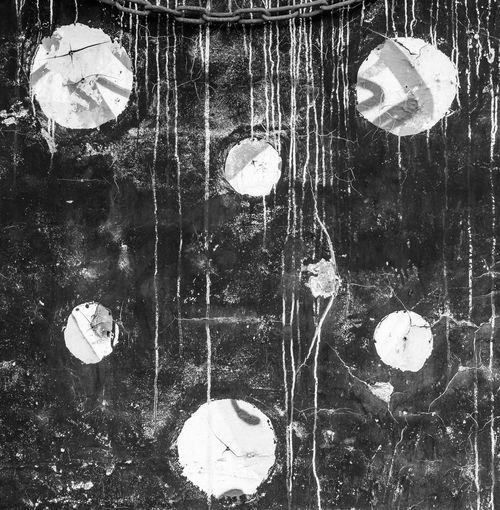 Kreise Blackandwhite Black And White Blackandwhite Photography Black&white Minimalism M_inimal Minimal Mood Minimalobsession Minimalist Backgrounds Textured  Pattern Full Frame Abstract Close-up Geometric Shape