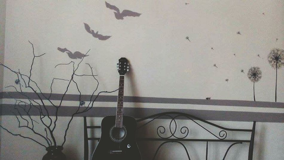 My View :) Mybadroom Gitar ❤️ Divergent Wallpainting Sit Down And Relax The Places I've Been Today Interruping Miracle Outperformance