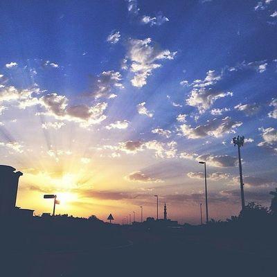 """""""على هدوء صباح ثاني جمعه من رمضان ربي حقق لي ولهم في هذا الوقت كل أمر جميل ننتظره??."""""""